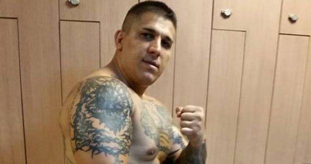 Interlopul Adrian Corduneanu amenință din închisoare: Mă eliberez şi vă împuşc pe capete!