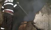 Tragedie în Capitală: Și-a dat foc la casă! Rudele s-au aruncat de la etaj ca să se salveze