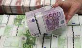 Curs valutar: Leul pierde bătălia cu euro, dar se ține bine în fața dolarului