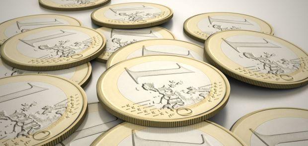Curs valutar: Leul se ține bine în fața dolarului, dar suferă față de euro