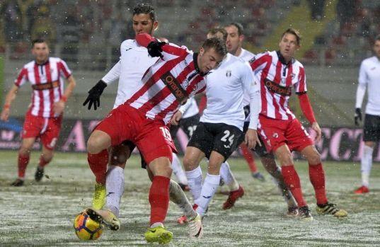 Dezastru la Dinamo! Câinii roșii sunt în play-out-ul Ligii I după înfrângerea de la Giurgiu