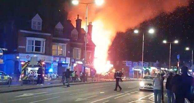 Anglia: Explozie puternică soldată cu patru morți și patru răniți! Poliția anunță un incident major