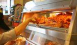 Adio KFC? Celebrul lanț fast-food este aproape de faliment! Pierde zilnic o sum…