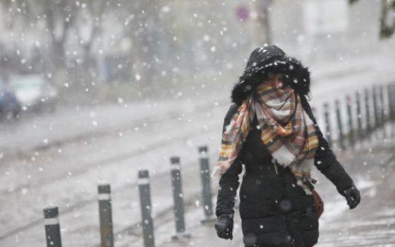 Prognoza meteo în primele zile ale săptămânii! Precipitații, vreme închisă și cer noros