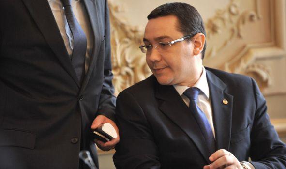 Victor Ponta a lansat un atac virulent la adresa liderului PSD: Dragnea e prost pe bune!