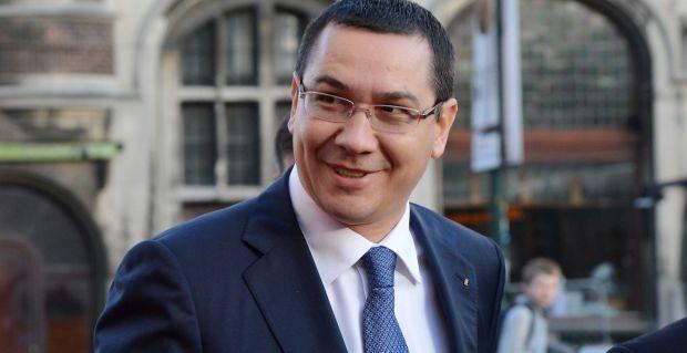 """Victor Ponta sare la gâtul lui Dacian Cioloș cu """"ajutorul"""" lui Ombladon"""