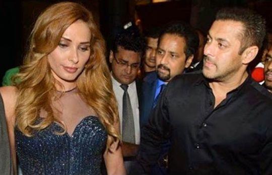 Salman Khan continuă să o umilească public pe Iulia Vântur! Actorul a făcut-o praf pe româncă