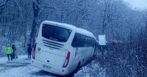 accident reghin, isu mures, autocar copii derapat,