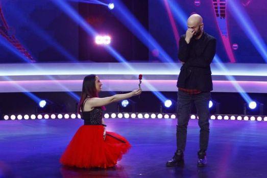 Mihai Bendeac cerut în căsătorie în timpul emisiunii iUmor: Te-am convins să te faci bărbat de casă?