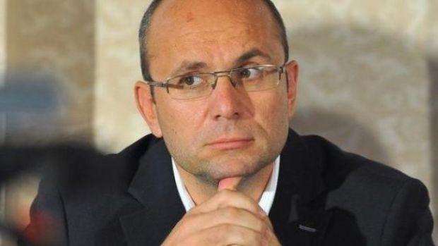Cozmin Gușă a făcut o analiză dură legată de PSD: Lăcomia și setea de putere a lui Dragnea au simplificat ecuația