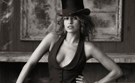 O mai ții minte pe frumoasa Eva Mendes? Iată cum arată acum! Galerie foto în articol