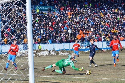 Bombă în Cupa României: Hermannstadt – FCSB 3-0 (2-0) / Umilință istorică ordonată din lojă