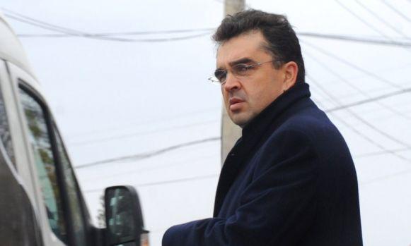 S-au învolburat apele în PSD! Marian Oprișan îl atacă dur pe Codrin Ștefănescu: Un nebun
