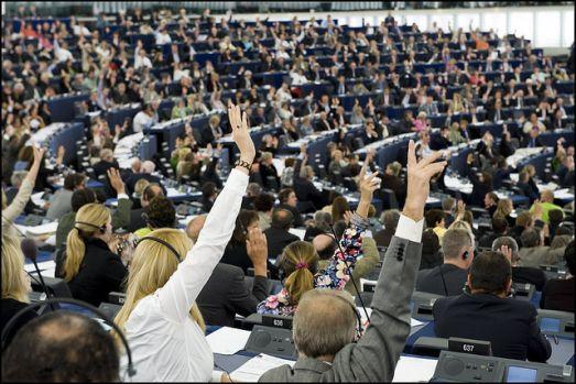 Ora de vară dispare? Parlamentul European a votat în favoarea renunțării la schimbarea orei de vară