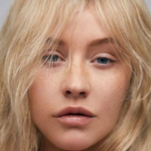Christina-Aguilera-2