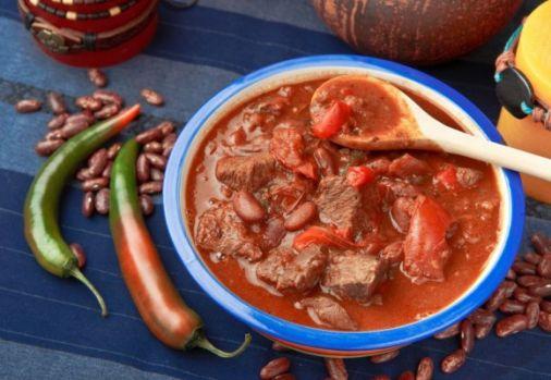 Cum se prepară chili con carne! Este timpul pentru delicioasa tocană mexicană