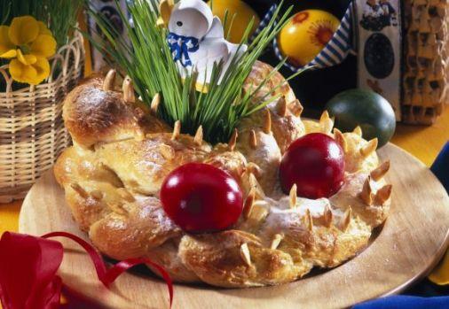 Cum se prepară o Împletită de Paști. Un desert tradițional delicios pentru masa festivă