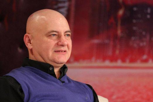 Mircea N. Stoian îl face praf pe un parapsiholog cunoscut: Un escroc mediatic care ar ghici și în nodurile de la pantofi