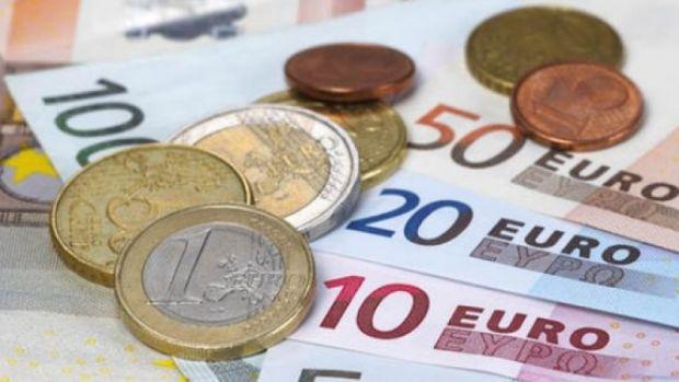 Curs valutar: Euro a atins cel mai mic nivel din ianuarie și până în prezent