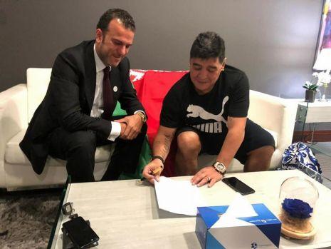 Ce a fost și ce a ajuns! Diego Maradona a revenit în Europa la o echipă aproape necunoscută