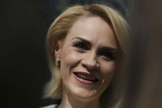 """Poate știe ea ceva! Gabriela Firea s-a prezentat ca fiind """"primarul general al României"""""""