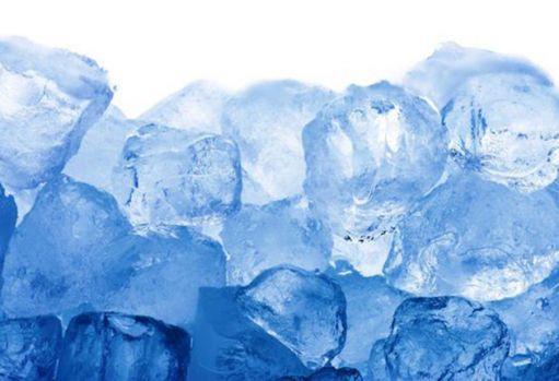 Gheață cu excremente umane pusă în vânzare în București și alte orașe mari din România