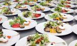 Un bucătar șef rupe tăcerea! Dezvăluire șocantă despre meniul din hoteluri…