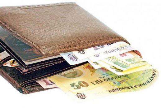 Curs valutar. Euro a crescut. Aurul, la cel mai ridicat nivel din ultimele şase luni