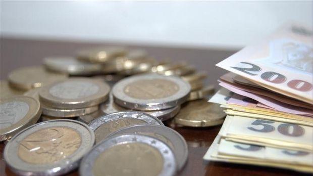 Curs valutar: Principalele valute cresc ușor față de leu