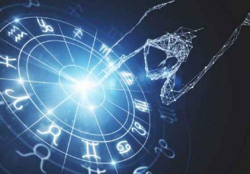 Horoscop 10 august 2018. Gemenii primesc un cadou neașteptat, iar Vărsătorii au parte de forfotă la serviciu