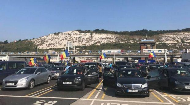 Miting 10 august. Prima coloană de mașini cu români din Diaspora a ajuns în Huedin și se îndreaptă spre Cluj