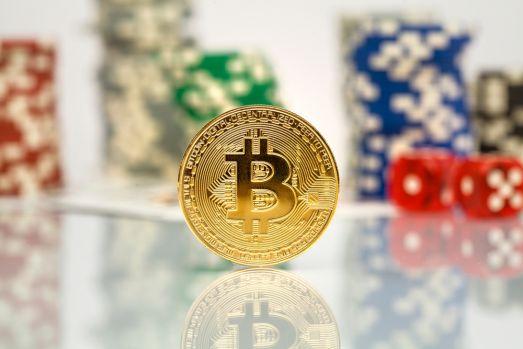Tranzacțiile cu crypto monede în gambling-ul online