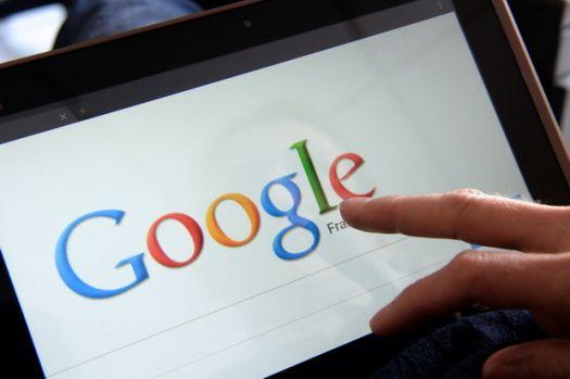 Google plăteşte salarii mai mari pentru femei decât pentru bărbaţi