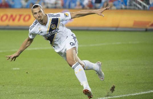 Zlatan Ibrahimovic, golul 500 din carieră! O nouă bijuterie creată de suedez! Video