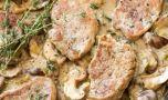 Cum se prepară mușchiulețul de porc cu sos de praz şi ciuperci. Rețeta idea…