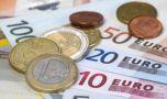 Curs valutar: Euro scade, dolarul crește