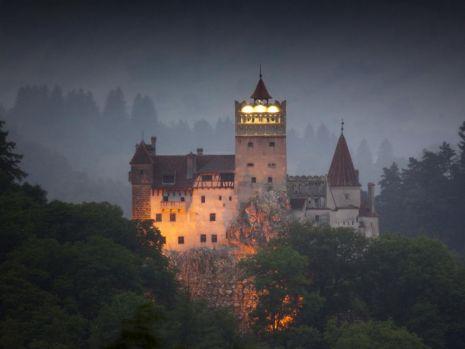 Halloween 2019. Castelul Bran, pe lista obiectivelor bântuite din Europa