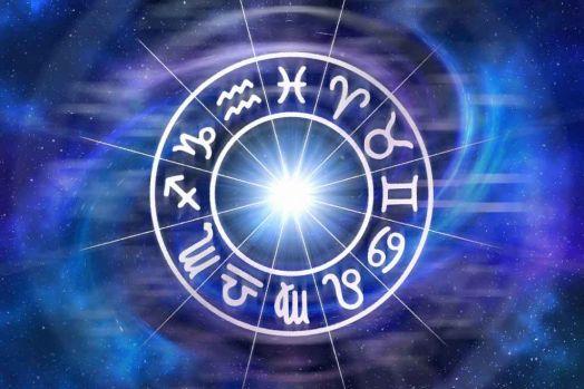 Horoscop 11 octombrie 2018. Taurii au nevoie de liniște, iar Vărsătorii au parte de un succes