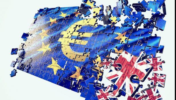 Marea Britanie pune capăt liberei circulații. Cum vor fi afectați românii, după Brexit