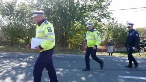 Suceava. Polițist arestat după ce a condus băut, a făcut accident și și-a lovit colegii