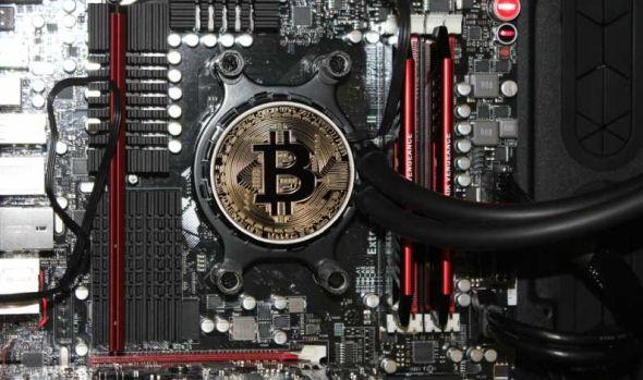 """800.000 de """"mineri"""" și-au încetat activitatea pe fondul scăderii prețului Bitcoin sub 4000 de dolari"""