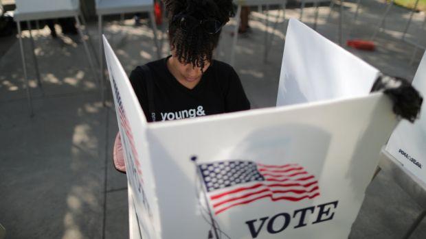 Alegeri SUA 2018. Democraţii preiau, după opt ani, controlul în Camera Reprezentanţilor