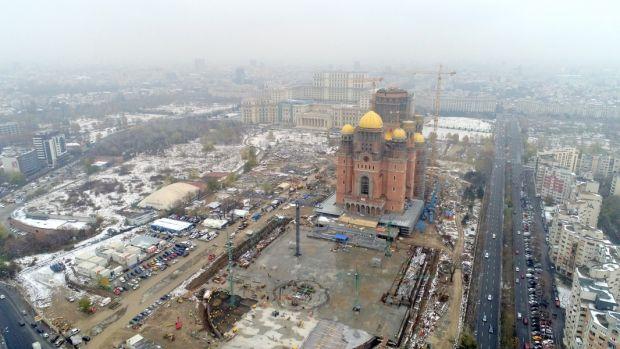 Catedrala Mântuirii Neamului nu are aviz ISU, pentru că nu este terminată. Sfințirea se va face pe proprie răspundere