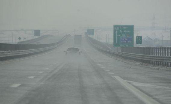 Ceață densă pe Autostrada Soarelui, vizibilitatea scade sub 100 de metri