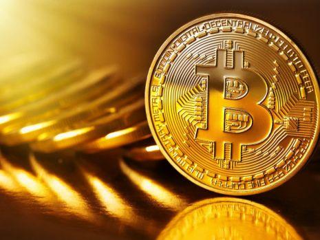 Crypto monedele se prăbușesc: Pierderi de 700 de miliarde de dolari!
