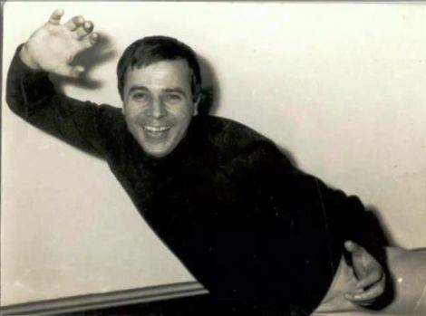 """George Bunea a murit! Interpretul a devenit cunoscut grație melodiei """"Lalele, lalele"""". Video"""