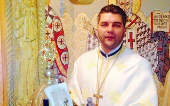 Sfințirea Catedralei Mântuirii Neamului. Un preot și-a stropit hainele cu benzină și și-a dat foc! Motivul invocat de acesta