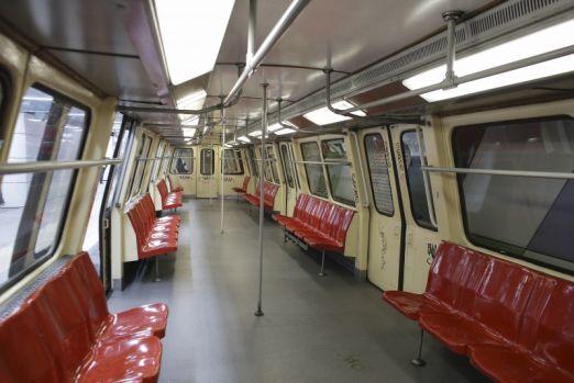 București. Jandarmii vor asigura paza la metroul din Capitală. Legea a fost votată