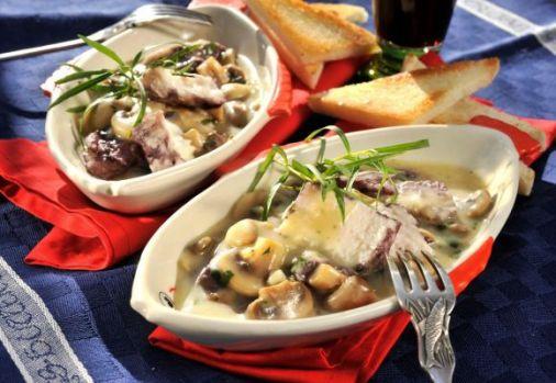 Cum se prepară peștele cu ciuperci la cuptor! O rețetă delicioasă și sănătoasă