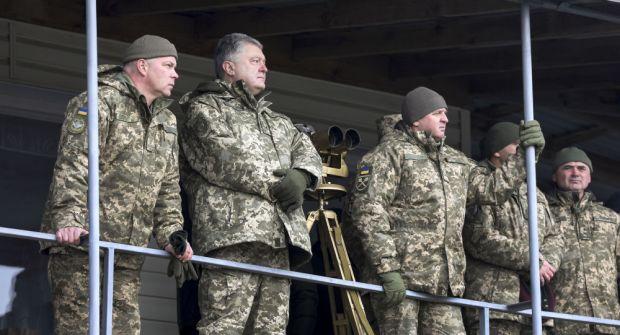 Război iminent lângă României? Convoi militar rusesc filmat lângă granița cu Ucraina! Declarația lui Poroșenko